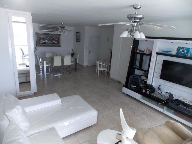 PANAMA VIP10, S.A. Apartamento en Venta en Punta Pacifica en Panama Código: 17-871 No.8