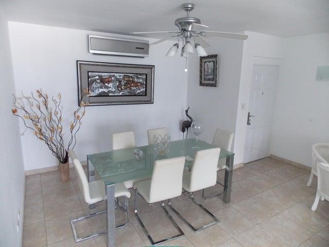 PANAMA VIP10, S.A. Apartamento en Venta en Punta Pacifica en Panama Código: 17-871 No.9
