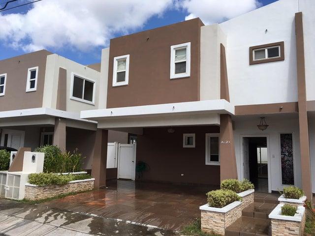 PANAMA VIP10, S.A. Casa en Venta en Brisas Del Golf en Panama Código: 17-881 No.1