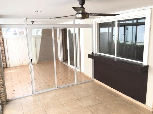 PANAMA VIP10, S.A. Casa en Venta en Brisas Del Golf en Panama Código: 17-881 No.6
