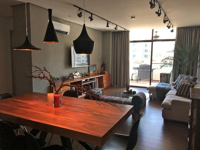 PANAMA VIP10, S.A. Apartamento en Venta en Costa Sur en Panama Código: 17-906 No.1