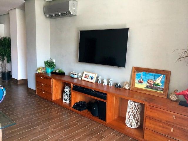 PANAMA VIP10, S.A. Apartamento en Venta en Costa Sur en Panama Código: 17-906 No.2