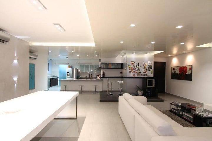 PANAMA VIP10, S.A. Apartamento en Venta en San Francisco en Panama Código: 17-913 No.3