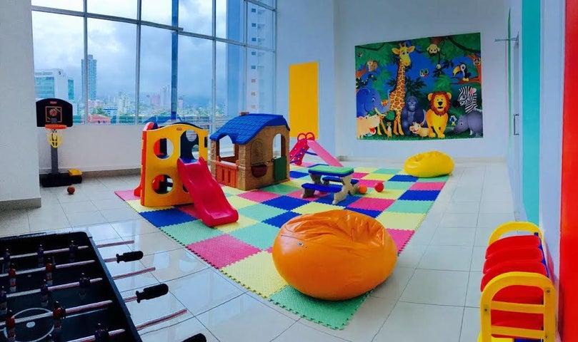 PANAMA VIP10, S.A. Apartamento en Venta en San Francisco en Panama Código: 17-913 No.8