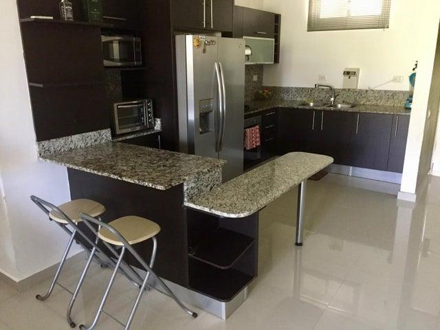 PANAMA VIP10, S.A. Apartamento en Venta en Altos de Panama en Panama Código: 17-943 No.9