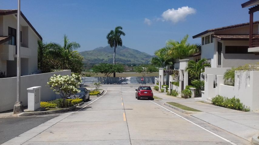 PANAMA VIP10, S.A. Casa en Venta en Panama Pacifico en Panama Código: 17-944 No.1