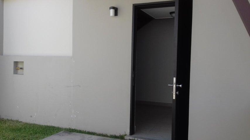 PANAMA VIP10, S.A. Casa en Venta en Panama Pacifico en Panama Código: 17-944 No.4