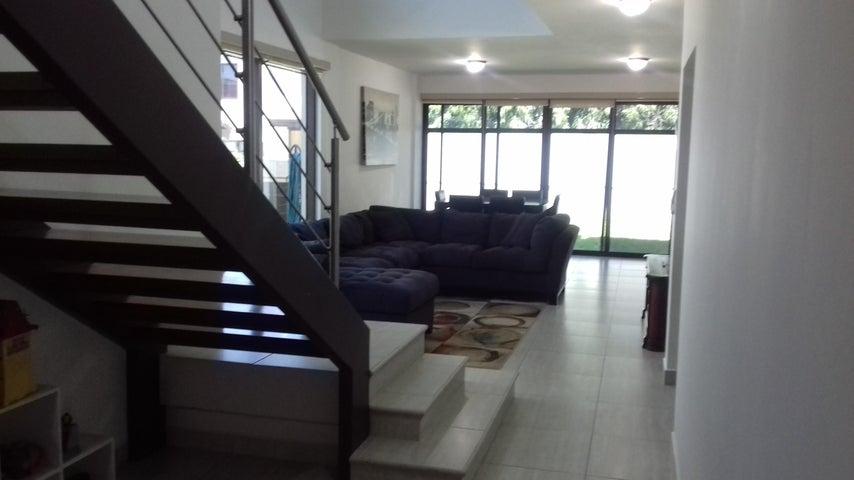 PANAMA VIP10, S.A. Casa en Venta en Panama Pacifico en Panama Código: 17-944 No.5