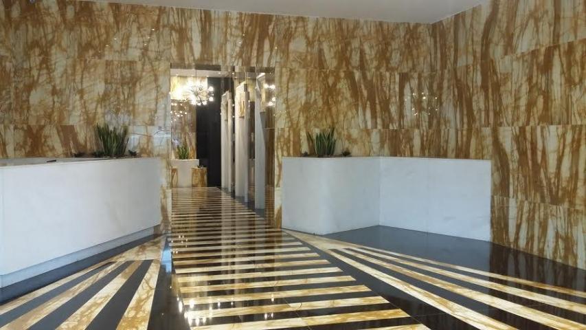 PANAMA VIP10, S.A. Oficina en Venta en Obarrio en Panama Código: 17-962 No.3