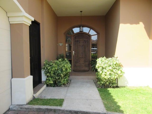 PANAMA VIP10, S.A. Casa en Venta en Costa Sur en Panama Código: 17-965 No.1