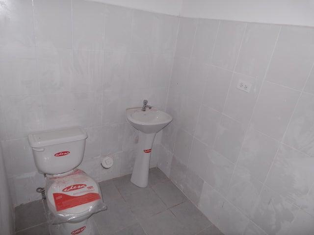 PANAMA VIP10, S.A. Local comercial en Venta en Milla 8 en Panama Código: 17-966 No.2