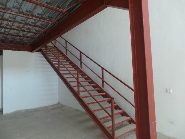 PANAMA VIP10, S.A. Local comercial en Venta en Milla 8 en Panama Código: 17-966 No.4