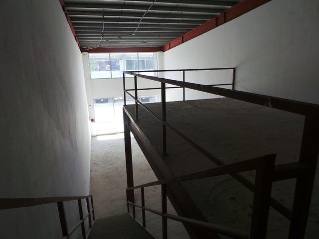 PANAMA VIP10, S.A. Local comercial en Venta en Milla 8 en Panama Código: 17-966 No.8