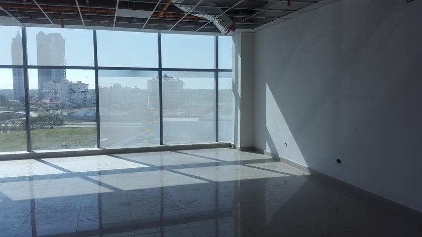 PANAMA VIP10, S.A. Oficina en Venta en Santa Maria en Panama Código: 16-39 No.8