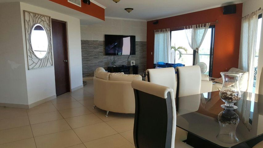 PANAMA VIP10, S.A. Apartamento en Venta en Coronado en Chame Código: 17-979 No.8