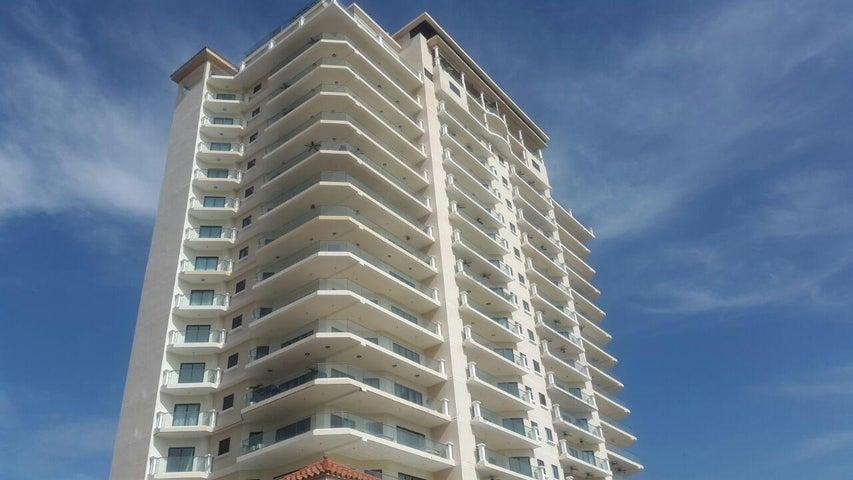 PANAMA VIP10, S.A. Apartamento en Venta en Coronado en Chame Código: 17-979 No.1