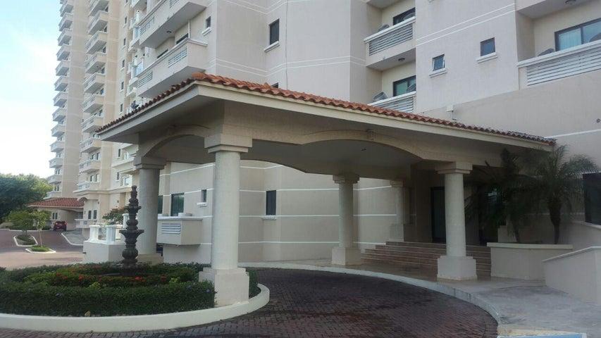 PANAMA VIP10, S.A. Apartamento en Venta en Coronado en Chame Código: 17-979 No.4