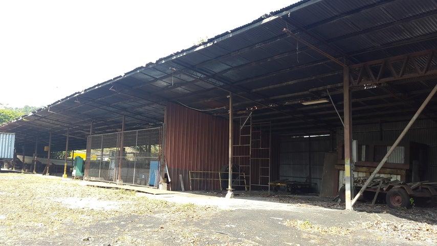 PANAMA VIP10, S.A. Galera en Venta en Chilibre Centro en Chilibre Código: 17-991 No.9