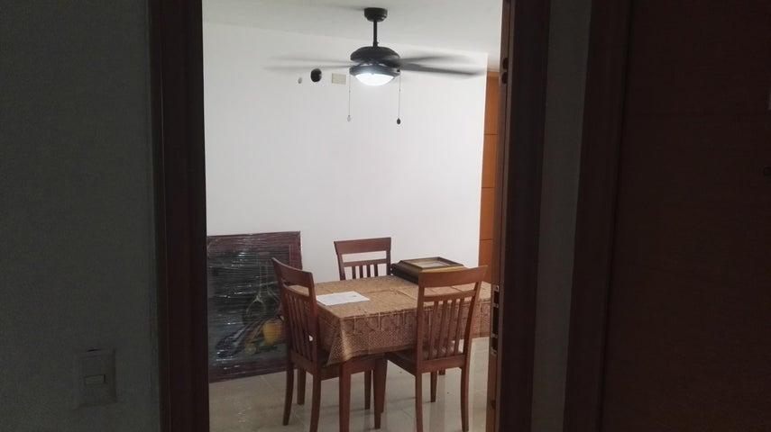 PANAMA VIP10, S.A. Apartamento en Alquiler en Rio Abajo en Panama Código: 17-998 No.1