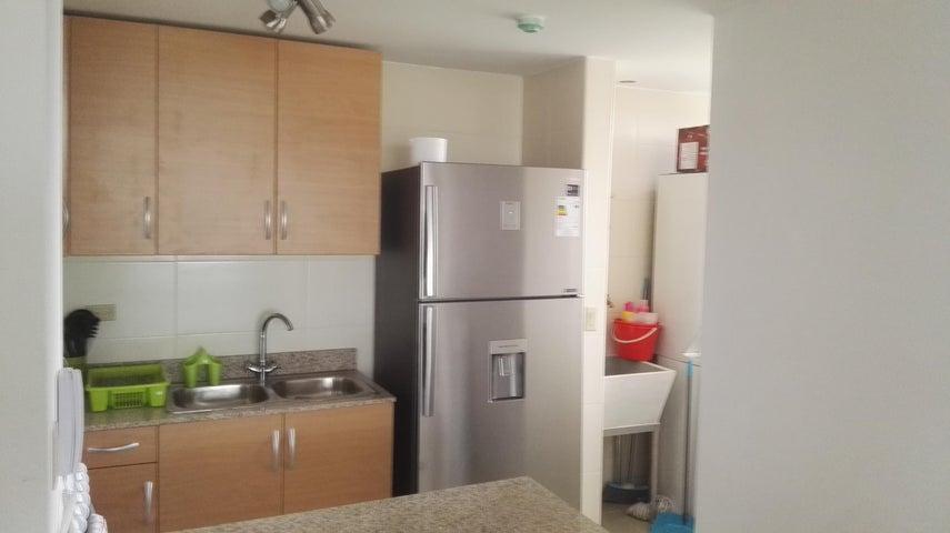 PANAMA VIP10, S.A. Apartamento en Alquiler en Rio Abajo en Panama Código: 17-998 No.2