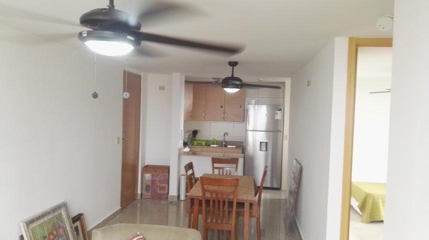 PANAMA VIP10, S.A. Apartamento en Alquiler en Rio Abajo en Panama Código: 17-998 No.5