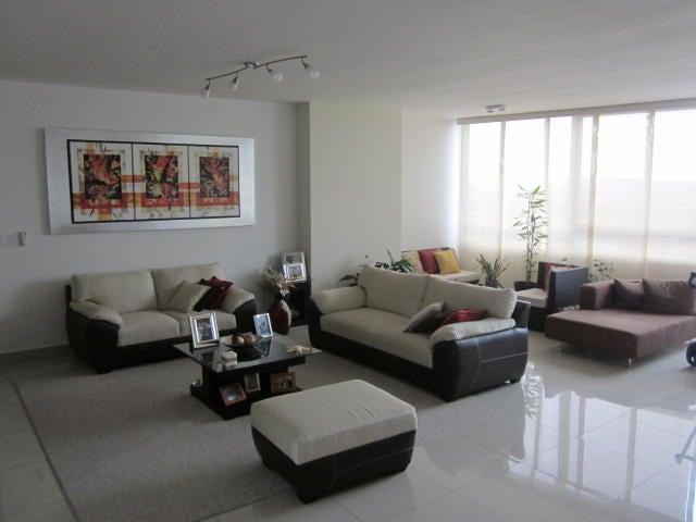 PANAMA VIP10, S.A. Apartamento en Venta en Costa del Este en Panama Código: 17-1002 No.2