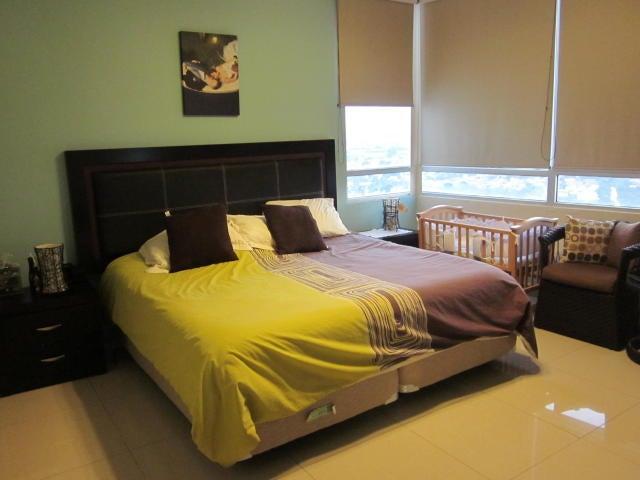 PANAMA VIP10, S.A. Apartamento en Venta en Costa del Este en Panama Código: 17-1002 No.7