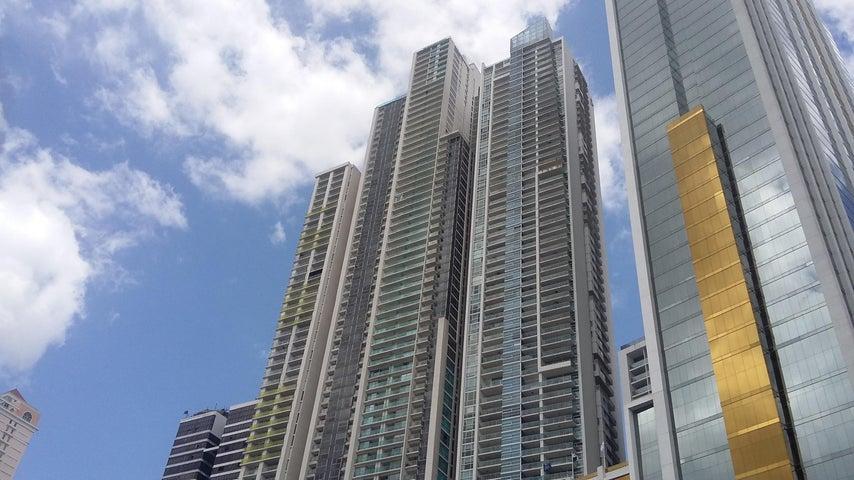 Apartamento / Venta / Panama / Avenida Balboa / FLEXMLS-17-1030