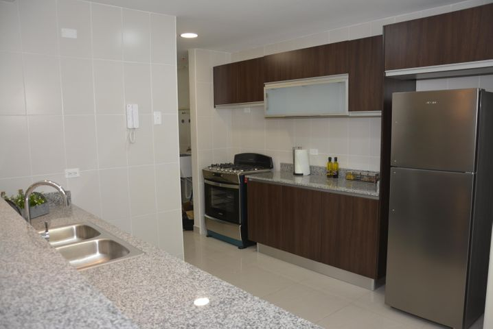 PANAMA VIP10, S.A. Apartamento en Venta en San Francisco en Panama Código: 17-1055 No.3