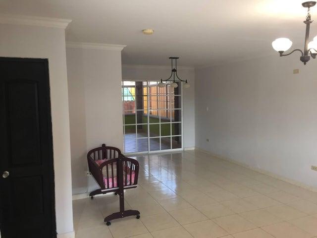 PANAMA VIP10, S.A. Casa en Venta en Arraijan en Panama Oeste Código: 17-1088 No.5