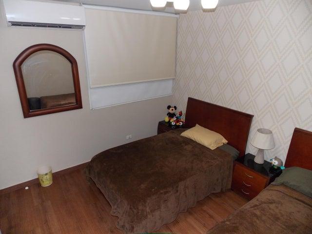 PANAMA VIP10, S.A. Apartamento en Venta en Punta Pacifica en Panama Código: 17-1124 No.9