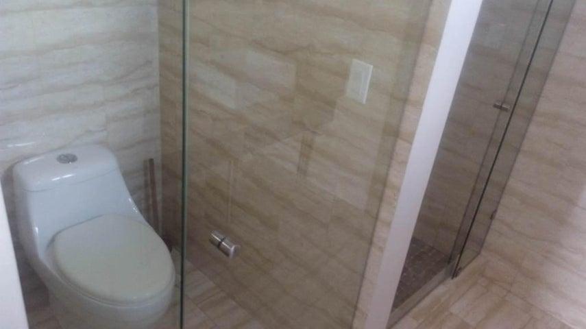 PANAMA VIP10, S.A. Apartamento en Venta en Obarrio en Panama Código: 17-1194 No.8
