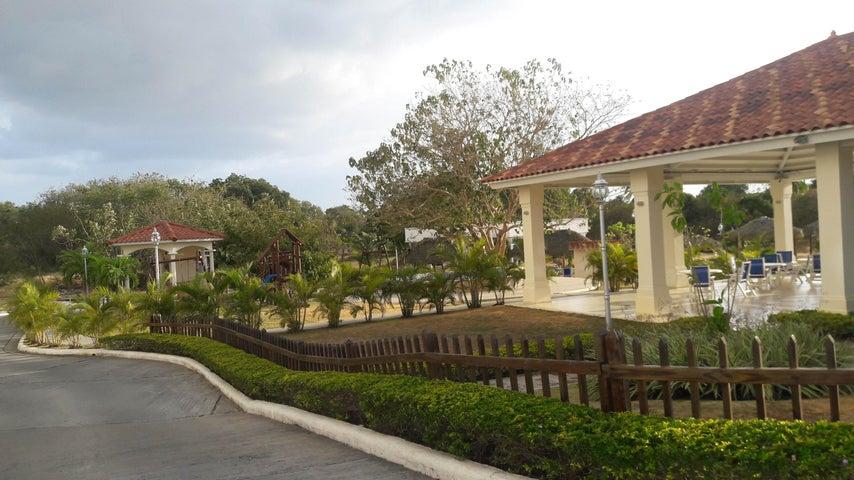 PANAMA VIP10, S.A. Apartamento en Venta en Coronado en Chame Código: 17-1212 No.6