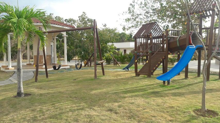 PANAMA VIP10, S.A. Apartamento en Venta en Coronado en Chame Código: 17-1212 No.7