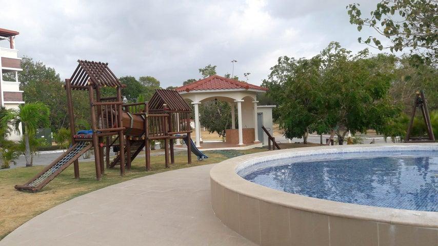 PANAMA VIP10, S.A. Apartamento en Venta en Coronado en Chame Código: 17-1212 No.8
