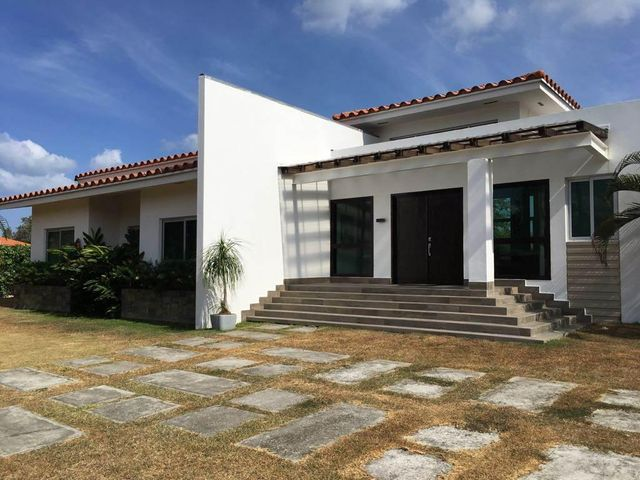 Casa / Venta / Chame / Coronado / FLEXMLS-17-1225