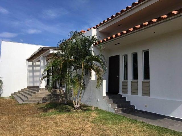 PANAMA VIP10, S.A. Casa en Venta en Coronado en Chame Código: 17-1225 No.1