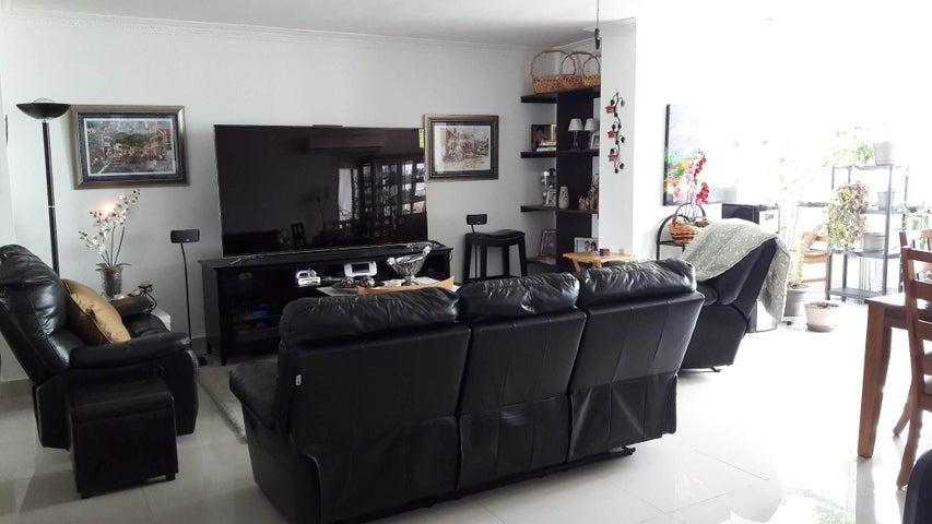 PANAMA VIP10, S.A. Apartamento en Venta en Marbella en Panama Código: 17-1268 No.9