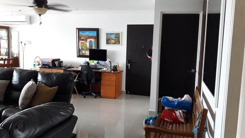 PANAMA VIP10, S.A. Apartamento en Venta en Marbella en Panama Código: 17-1268 No.8