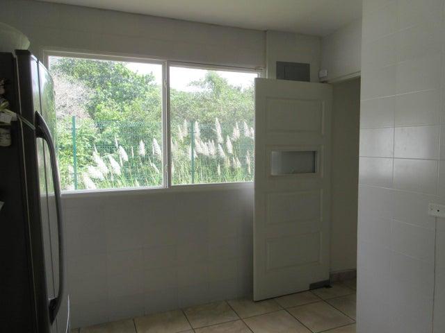PANAMA VIP10, S.A. Casa en Venta en Brisas Del Golf en Panama Código: 17-1319 No.6