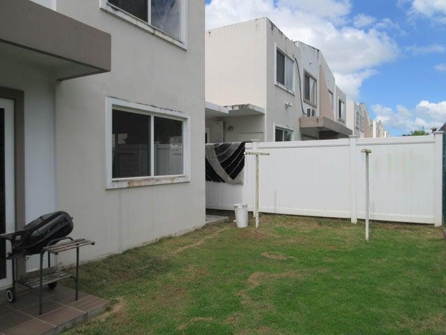 PANAMA VIP10, S.A. Casa en Venta en Brisas Del Golf en Panama Código: 17-1319 No.9