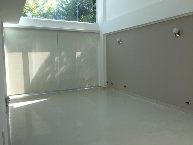PANAMA VIP10, S.A. Casa en Venta en Costa Sur en Panama Código: 17-633 No.3