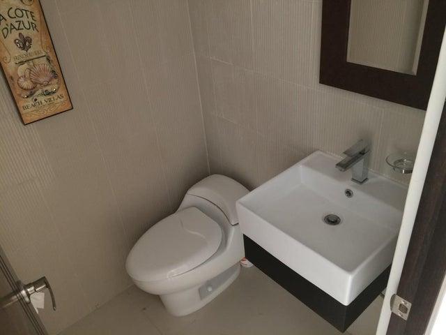 PANAMA VIP10, S.A. Casa en Venta en Costa Sur en Panama Código: 17-633 No.4