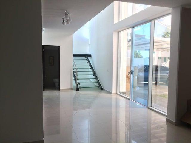 PANAMA VIP10, S.A. Casa en Venta en Costa Sur en Panama Código: 17-633 No.5