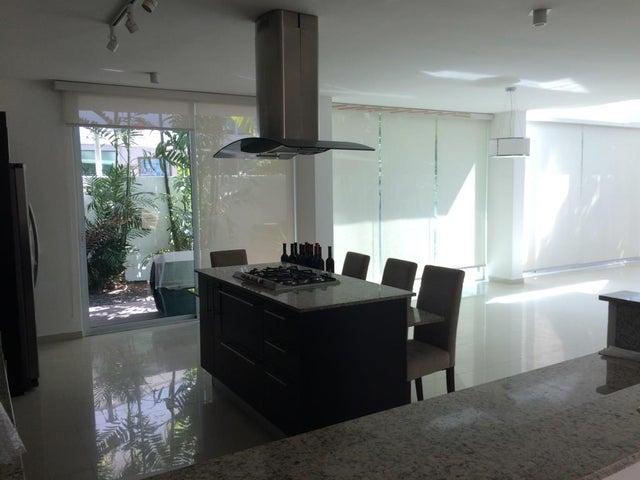 PANAMA VIP10, S.A. Casa en Venta en Costa Sur en Panama Código: 17-633 No.9