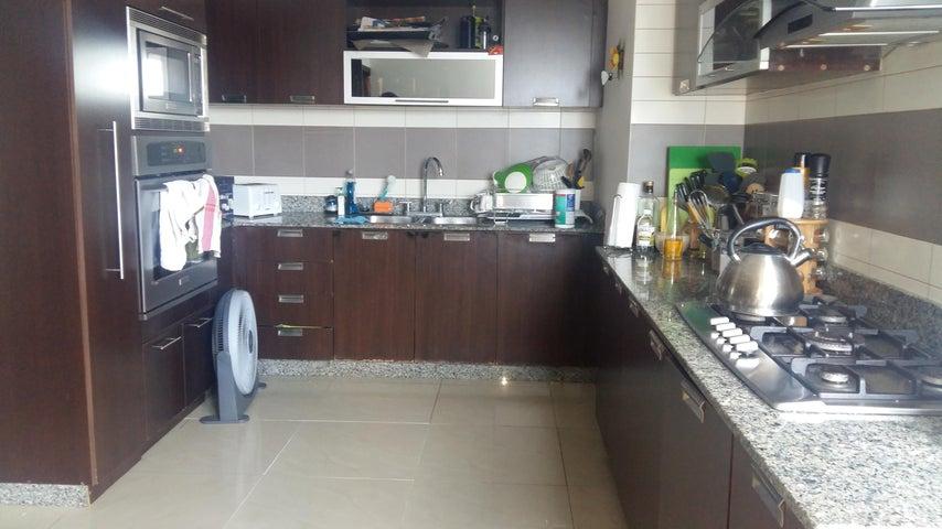 PANAMA VIP10, S.A. Apartamento en Venta en San Francisco en Panama Código: 17-1380 No.8
