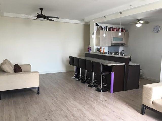 PANAMA VIP10, S.A. Apartamento en Venta en San Francisco en Panama Código: 17-1445 No.3