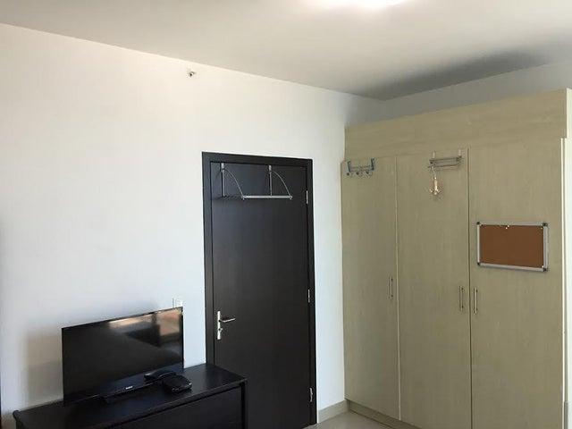 PANAMA VIP10, S.A. Apartamento en Venta en San Francisco en Panama Código: 17-1445 No.8