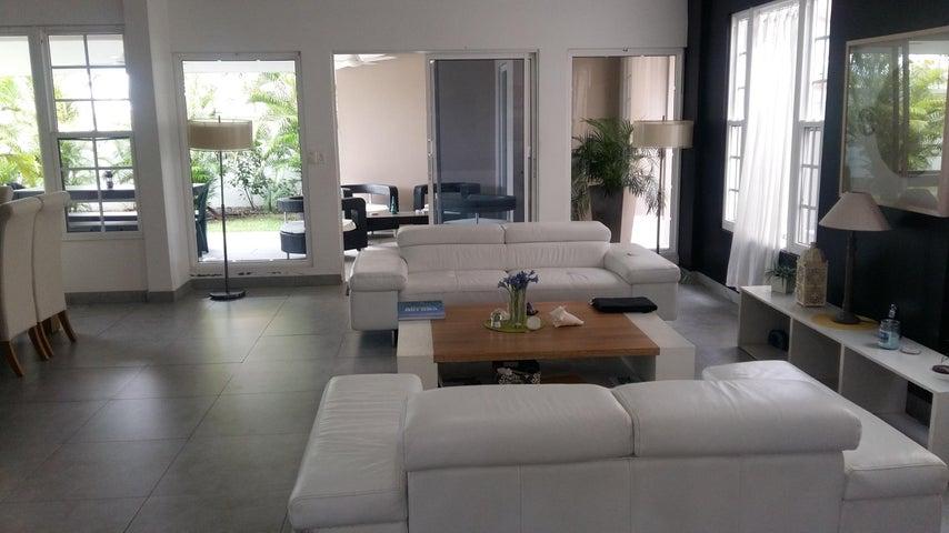 PANAMA VIP10, S.A. Casa en Venta en Costa Sur en Panama Código: 17-1448 No.8