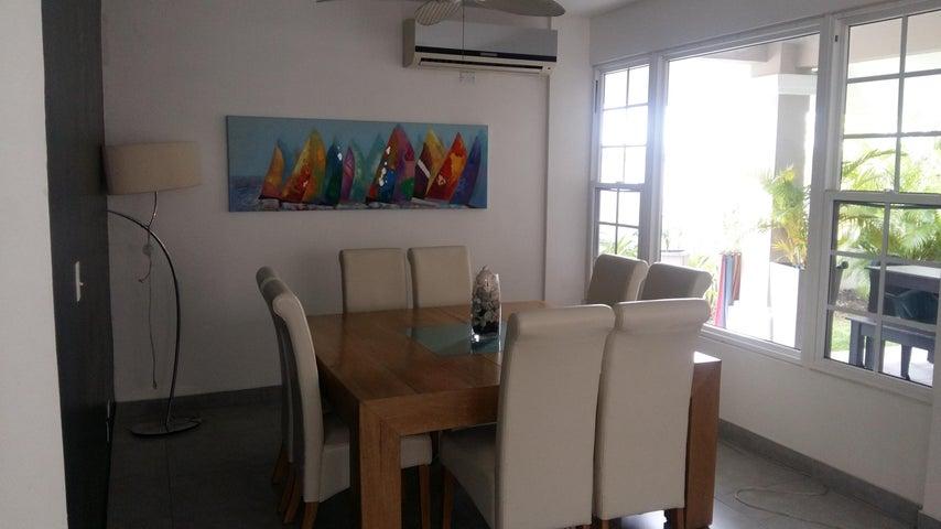 PANAMA VIP10, S.A. Casa en Venta en Costa Sur en Panama Código: 17-1448 No.9